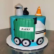 100 Garbage Truck Cakes This Cute Garbage Truck Cake Helped Daddy Bakery Facebook