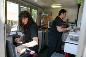 100 Where To Buy Food Trucks Heres A Daring Recipe Quit Your Job And Buy A Food Truck