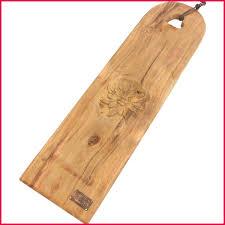 planche cuisine planche cuisine 144670 planche longue a decouper sculptée