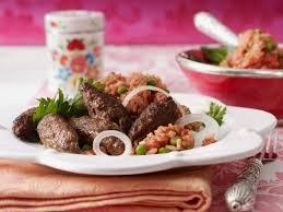 cevapcici das rezept für den balkan klassiker lecker