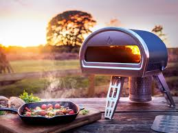 Roccbox lets you stone bake pizza anywhere