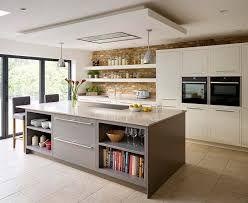 Featuring Sleek Lines And Concealed Hinges For A Contemporary Aesthetic The Linear Kitchen By Harvey Jones Comes Primed Ready Painting In Any Colour
