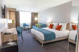 hotel et dans la chambre quality hotel chambre executive hôtel quality comfort gradignan