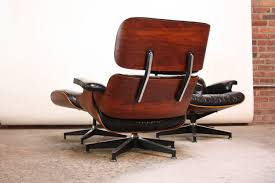 Pair Of Vintage Rosewood Eames 670 Lounge Chairs With Ottoman ... Rosewood Eames Lounge Chair By Herman Miller And Vitra Fniture Black Leather Swivel Replica With Charles Dark Brown White Icf For Vintage Lounge Chair 60s Style Stool Original Model Rare 670 Ottoman 671 Cognac And Polished Sides Black Rosewood Classic Ea670