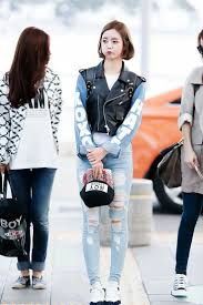 ASIAN STREET FASHION How To Style Hot Denim Looks This Summer