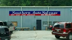 100 Atlanta Lift Truck Salvage Man Killed When Truck Falls On Him At Salvage Yard WSBTV