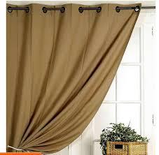 décorer les fenêtres avec des rideaux occultants rideaux isolants