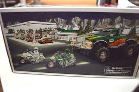 100 2007 Hess Truck Monster With Motorcycles Mint In Box 1870157824