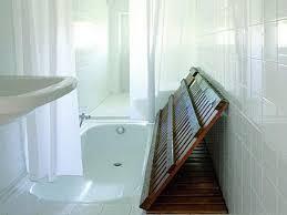 Small Narrow Bathroom Design Ideas by Ways To Decorate Small Bedrooms Small Narrow Bathroom Ideas Very
