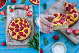 knusprige erdbeerpizza mit pudding schmand belag