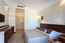 behindertenzimmer side hotel
