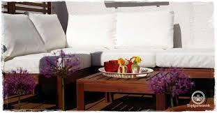 terrasse modern aber gemütlich gestalten mit loungemöbel
