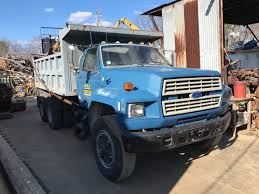 100 A And A Truck Parts 1987 Ford FT900 TPI