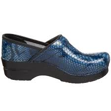 amazon com dansko women u0027s professional clog blue python 42 eu
