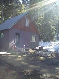 A Small Cabin Set In The Woods Cheap Mammoth Cabin Rentals A Small