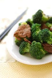 cuisiner le brocolis recette brocolis sautés au beurre demi sel