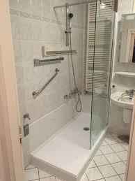 Badewanne Mit Dusche Badewanne Zur Dusche Umbauen Seniorenbad24