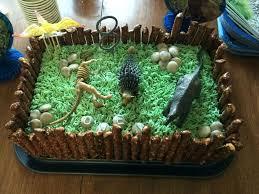 buttercreme dinosaurier kuchen backen dekorieren geburtstag