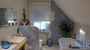 malerarbeiten badgestaltung badewanne wc scharmwand fugenlos