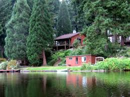 Cottage Lake Gardens and Bed and Breakfast Home
