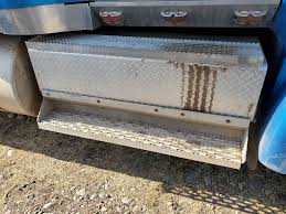 100 Pick Up Truck Tool Box 2004 International 9400i For Sale Ucon ID 8251923 MyLittleSalesmancom