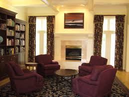 Taupe Living Room Decorating Ideas by Pleasing Burgundy Dining Room About Burgundy Carpet Decorating