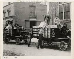 Workers Unloading Stroh's Beer From Rapid Trucks   DPL DAMS Beer Truck Stock Photos Images Alamy Food Trucks Now Allowed In City Of Sumter Outside Community First Friday Trucks Craft Life Music And Artahoochee A 101 The Virginia Battle Competion Staunton Bay States New Sevenfifty Daily This Beer Truck Looks Like A Giant Case Ipswich Ale Brewery Okosh Whetstone Station Restaurant Brewery Chip Collide Creating Sad Soggy Traffic Jam Eater Locate Our Great North Aleworks Food Trucks Inbound Brewco