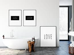 ästhetik im badezimmer malango de typografie wand