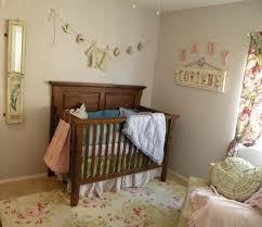 deco chambre enfant vintage chambre enfant chambre bébé fille chic vintage pêche ivoire déco