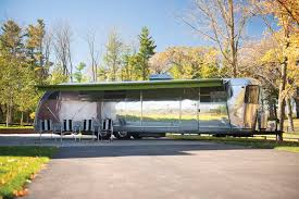 100 Classic Airstream Trailers For Sale This 1951 Spartan Royal Mansion Travel Trailer Sold For 351K