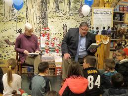 Dobbins students enjoy book fair at Barnes and Noble