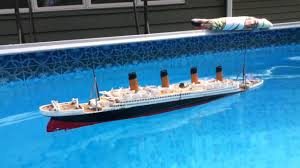 Sinking Of The Britannic Youtube by The Sinking Legend Model The Titanic Muzyka Tomka Pinterest