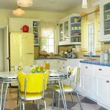 In Love With This Cute Little Retro Yellow Kitchen Adorable