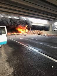 100 La Riots Truck Driver One Dead After Semitrailer Falls Off I75 Crushes Vehicle Below
