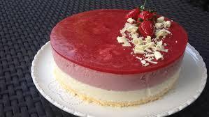entremet fraise et chocolat blanc les gourmandises de némo