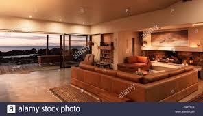 home schaufenster innenraum wohnzimmer mit blick auf meer