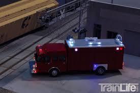 100 Hazmat Truck HO Scale Lighted HeavyDuty TrainLifecom