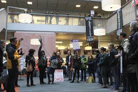 100 Uw Odegaard Hours Campus Protest Takes Over News Dailyuwcom