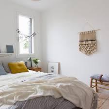 wanddeko im schlafzimmer tipps gestaltungsideen otto