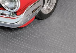 Rubber Gym Flooring Rolls Uk by Roll Out Rubber Garage Flooring Rolls