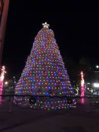 Tumbleweed Christmas Tree Pictures by 8 Amazing Artificial Arbors Across The World Citi Io