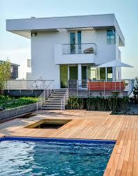 100 Richard Meier Homes S High And Mighty Beach House The New York Times