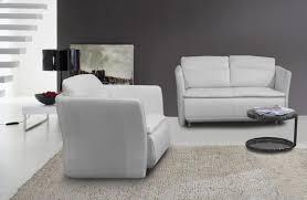 gemütliches sofa ideal für minimalisten wohnungen oder