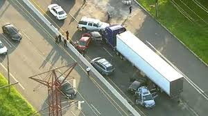 10 Injured In Chain-reaction Tractor-trailer Crash In Edison, New ... Roehl Transport Truck Driving Jobs Cdl Traing Roehljobs Drivejbhuntcom Driver Available Drive Jb Hunt Third Party Logistics 3pl Nrs New Jersey Local In Nj Schools In Missouri For Free Cdl Job Is Truck Driving School Worth It How To Become A 13 Steps With Pictures Wikihow Barrnunn Experienced Testimonials Inexperienced
