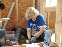 Spirit Halloween Waterbury Ct by Good To Know Women Build Team Helps Build Habitat House In