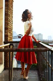 Vintage Fashion 50s Style Dress Hairstyle Makeup Modern