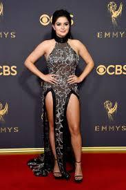 Emmys 2017 Ariel Winter s wardrobe malfunction on the red carpet
