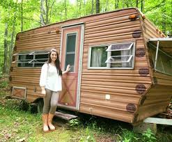 14 Year Old Transforms A 1974 Wilderness Camper Into Dreamy Glamper