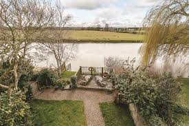 104 River Side House Splashing Out 6 Of The Best Beautiful Side Homes For Sale Blog