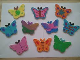 TUESDAY I Got A Mosiac Sticker Kit For All The KidsIt Was Again Simplefun But Time Taking ActivityThe Had Glittery Square Stickers Which Kids